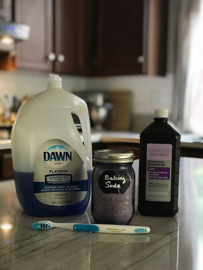 How to Remove Set in Oil Stains on Clothing Even if it has been washed and dried | clothing care | clothing hacks | laundry tips | Rooms Need Love